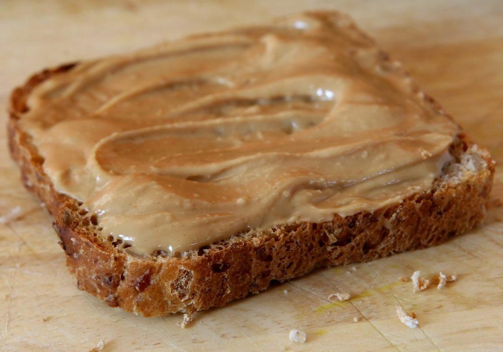 peanut butter as mouse bait